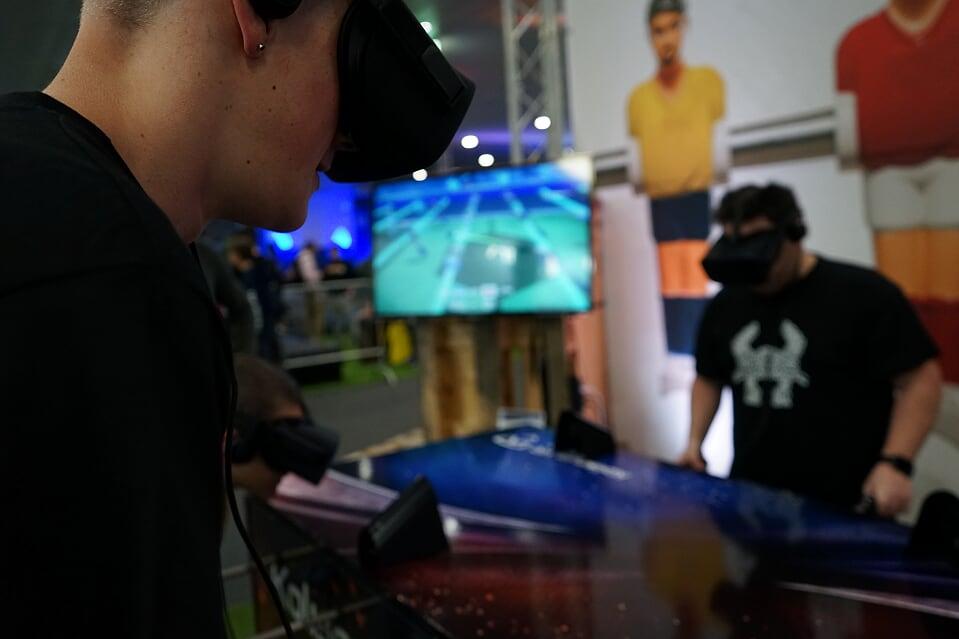 IGS VR Koliseum Soccer 1